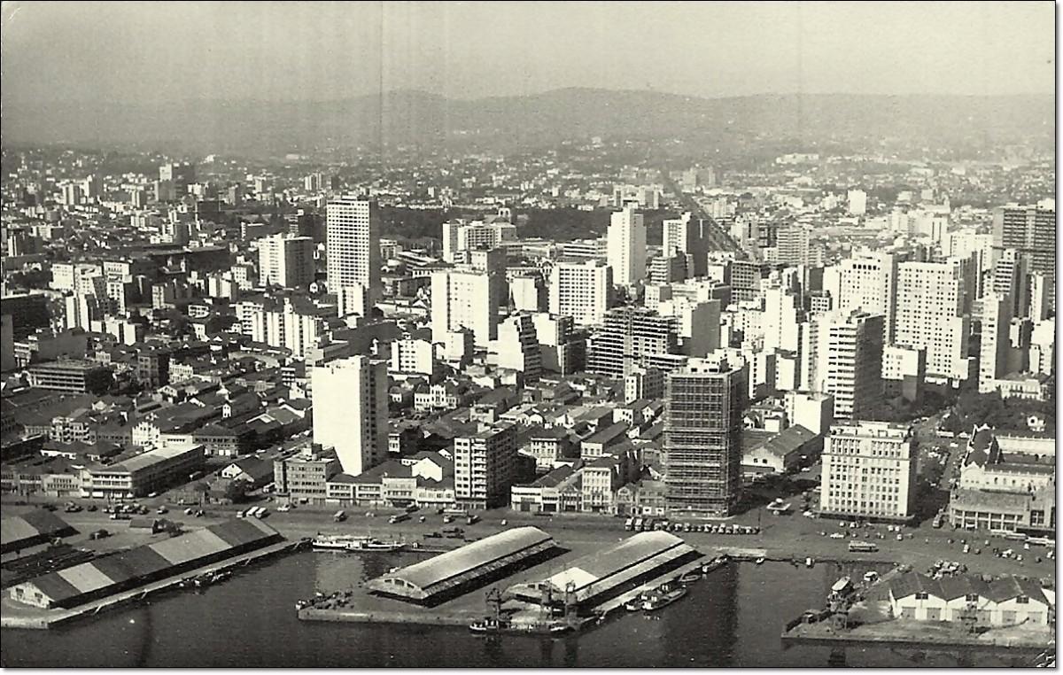 Porto Alegre. Av. Mauá década 1960
