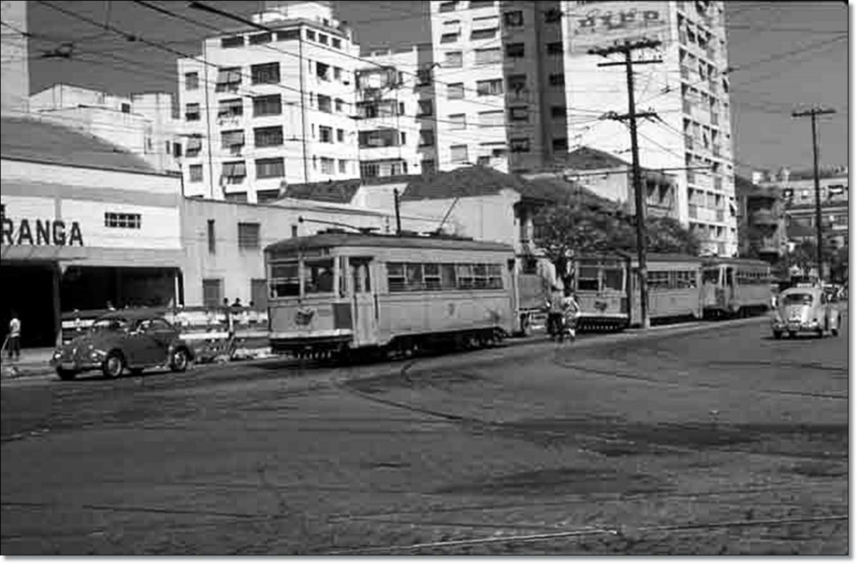 Bondes na João Pessoa esq. Venâncioa Aires 1968