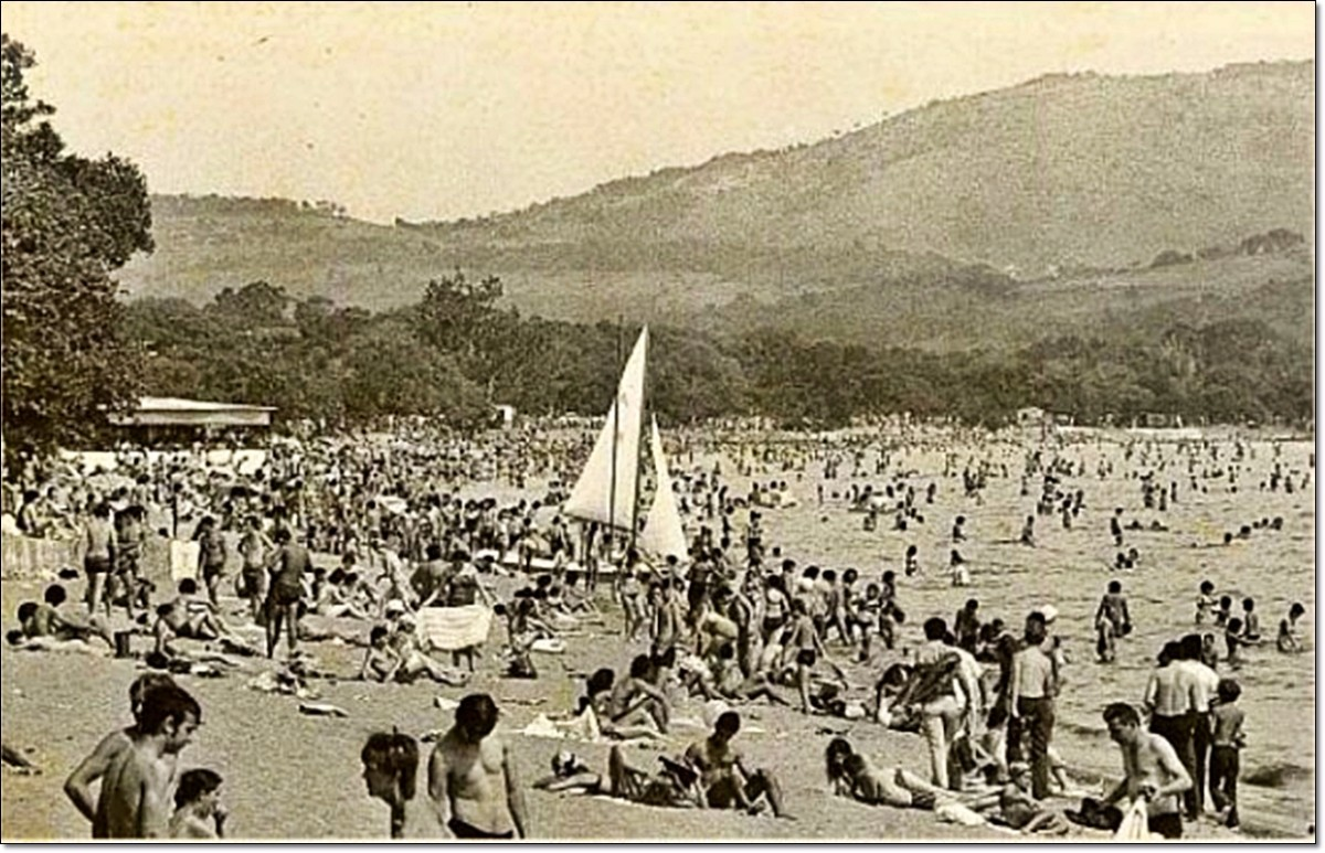 Praia de Ipanema, zona sul, déc. 70