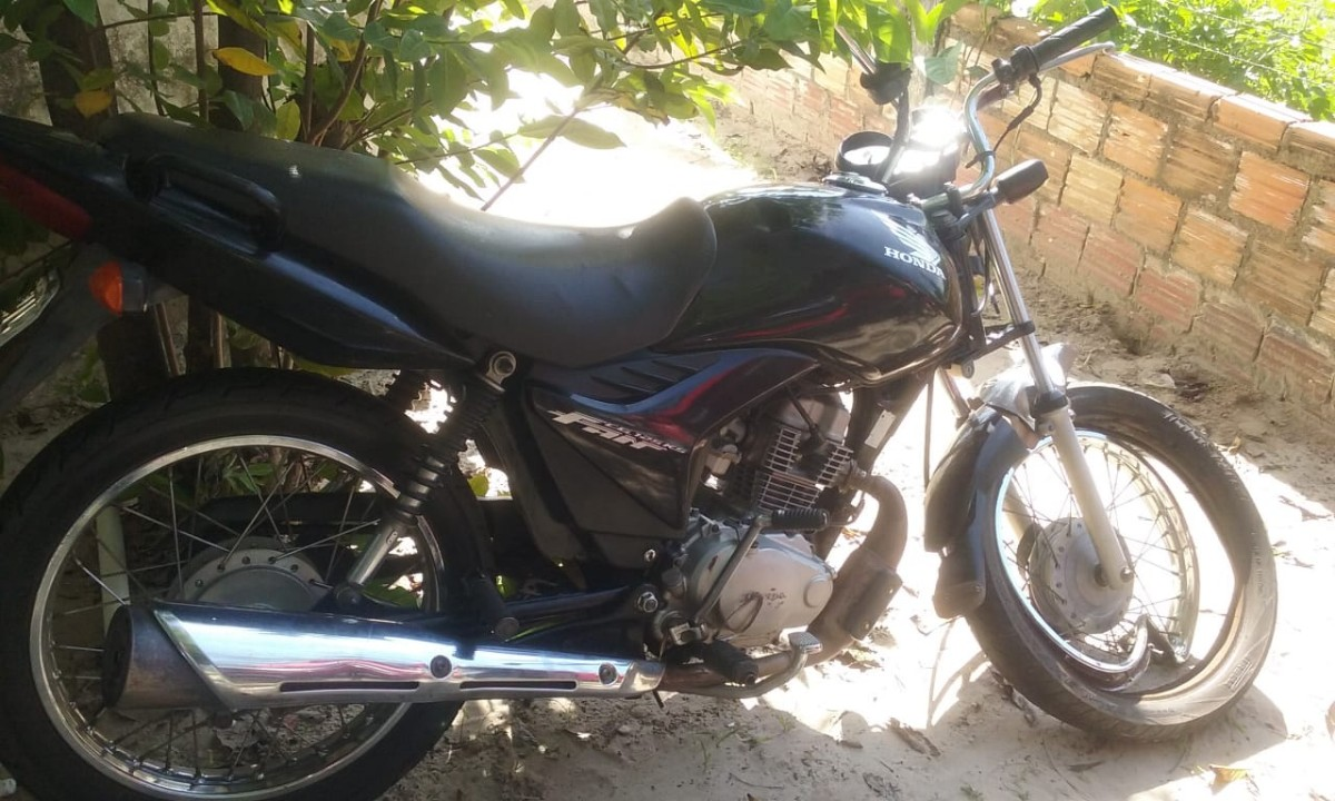 Colisão entre motocicletas deixa um mortos e passageiro gravemente ferido em Pau D'arco do Piauí