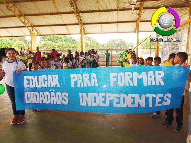 Prefeitura de Pau D'arco realiza, pela 1ª vez, desfile de 7 de setembro