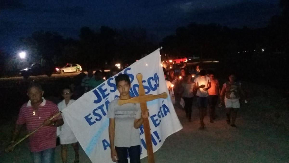 .Procissão marca a abertura do Festejo de Nossa Senhora da Conceição em Castelete, localidade da cidade de Pau D'arco do Piauí