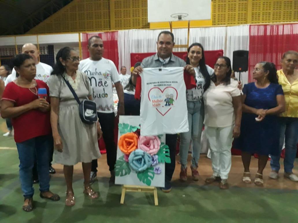 Prefeitura de Pau D'arco do Piauí promove festa em homenagem ao dia das Mães