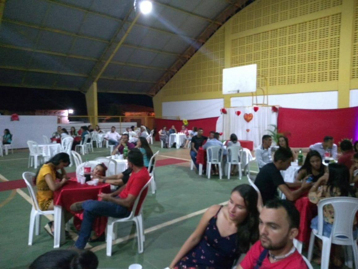 Após o dia dos Namorados, Igreja Assembleia de Deus realiza noite especial para os namorados