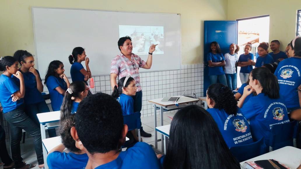 Secretaria Municipal da Educação desenvolve projeto ESCUTA QUALIFICÁVEL