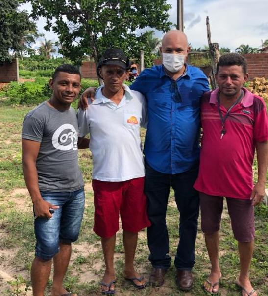 Prefeito Nilton Bacelar visita zona rural do município e afirma obras de pavimentação