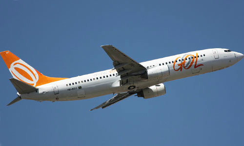 B. 737 Decolagem