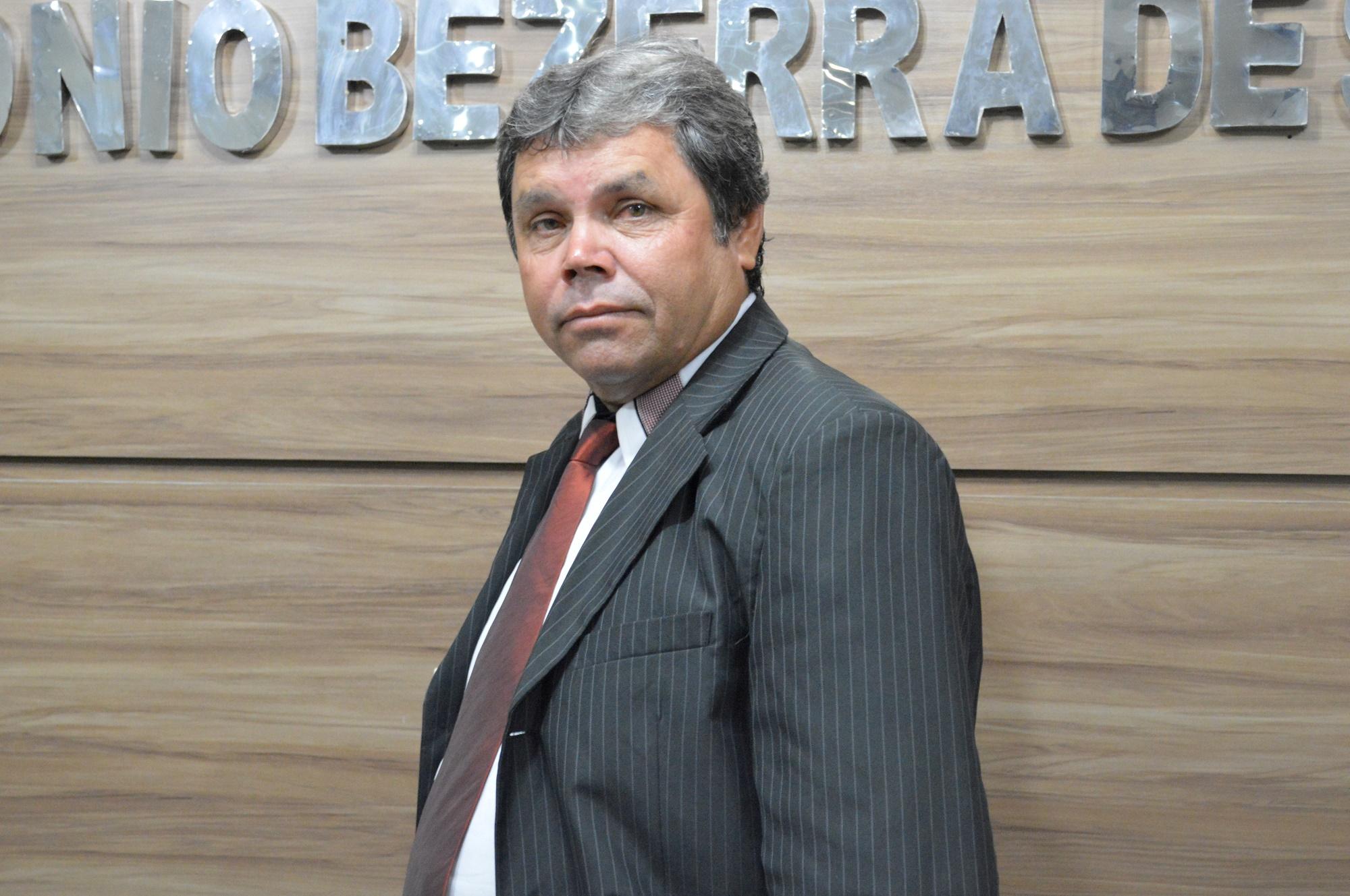 VEREADOR JOÃO DE PETRONILO - 2º SECRETÁRIOREETÁRIO
