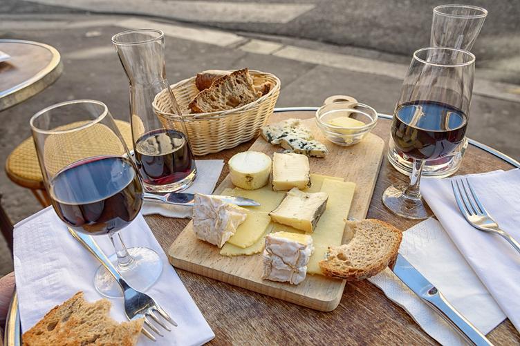 Curso de História da Gastronomia e do Vinho na França