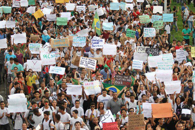 o Brasil descobriu o que quer. Os políticos ainda não