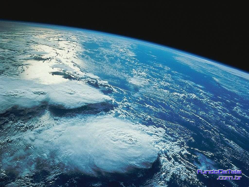 Vista do Espaço não se adivinha o que vai pela Terra