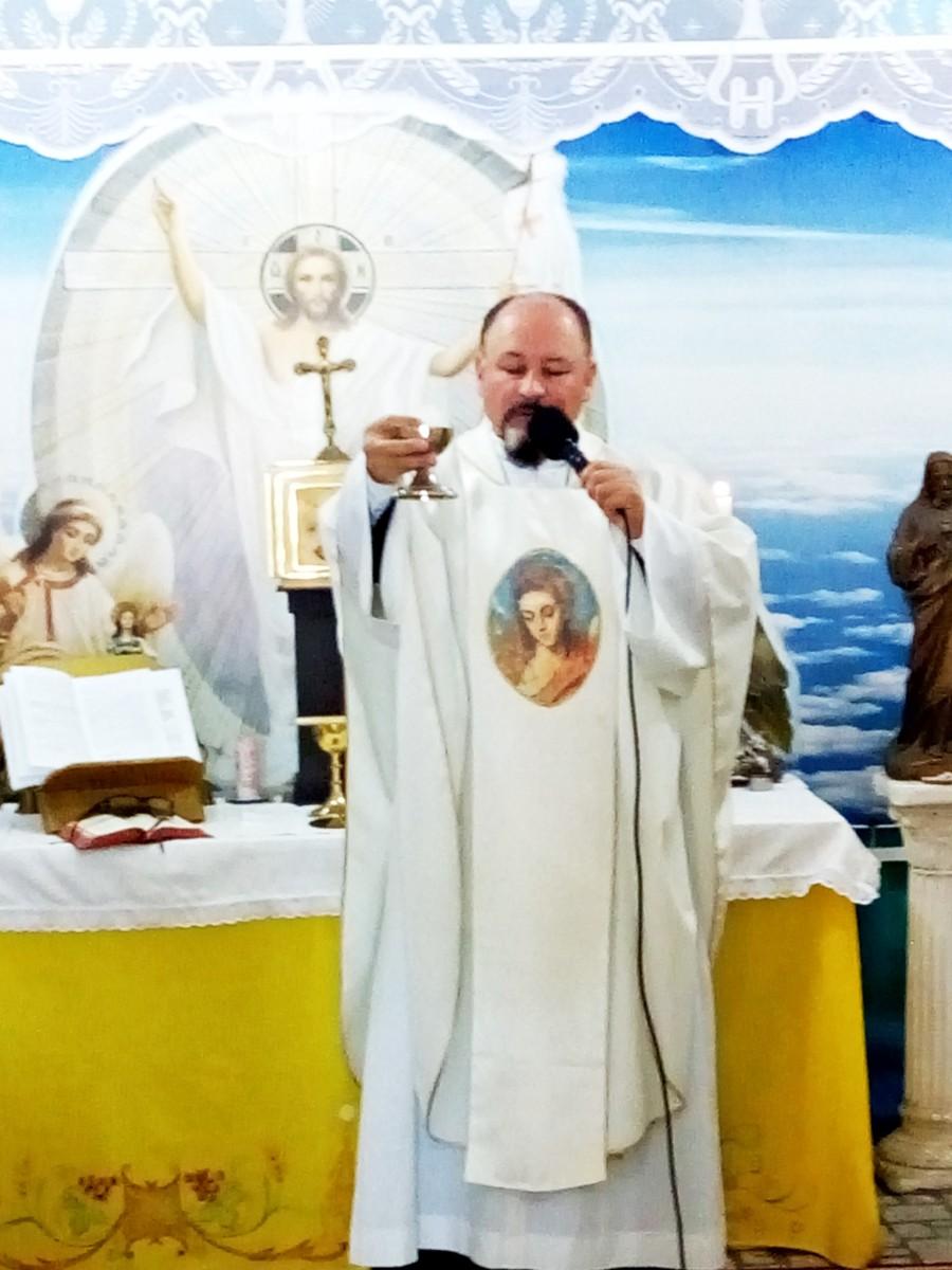 Mons. Héctor Rios-ICT