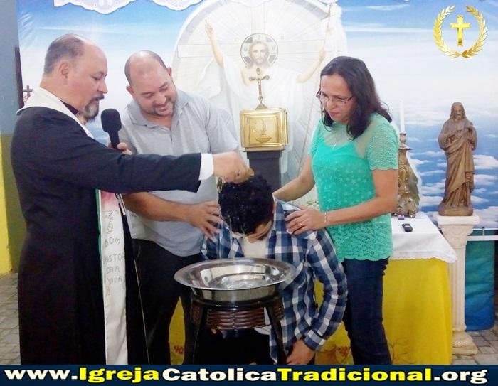 Missa e Batizados