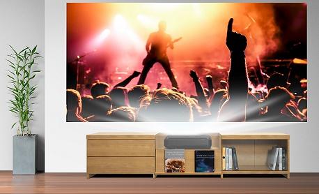 """Conheça """"Epson Home Cinema LS100"""" projetor a laser cria tela de 120 polegadas"""