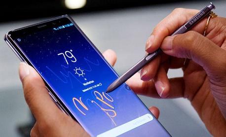 """O novo """"Samsung Galaxy Note 8"""" chegará oficialmente ao mercado brasileiro em 5 de outubro"""