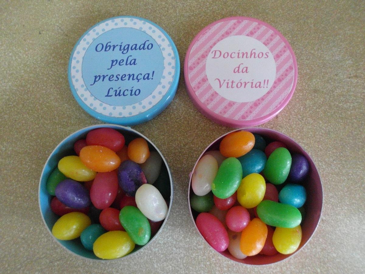 Latinhas coloridas com jujuba!