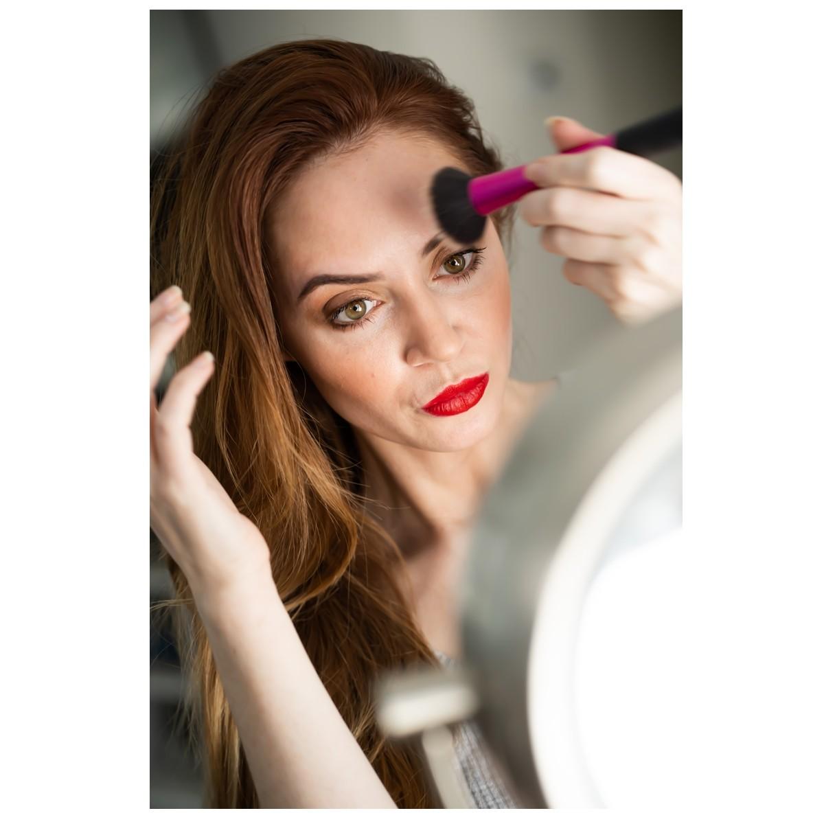 Maquiagem para disfarçar as olheiras