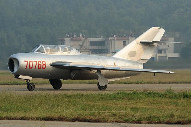 Shenyang J-5