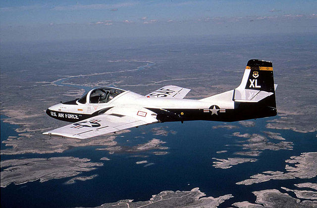Cessna T-37 Tweet / Cessna 318