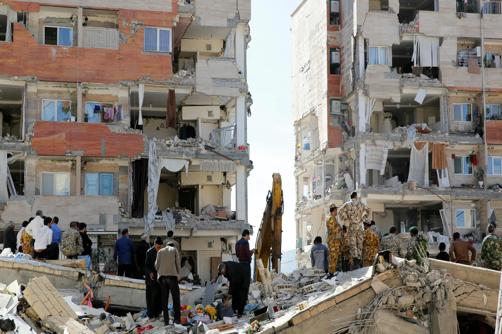 Destruição causada pelo sismo ocorrido na fronteira entre o Irão e o Iraque a 12 de novembro de 2017.