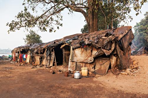 Habitação precária na cidade de Addis Abada, Etiópia.