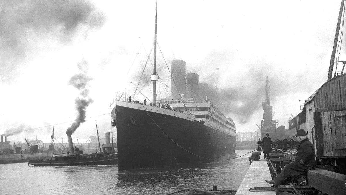 Partida da viagem inaugural do navio RMS Titanic, 10 de abril de 1912 - Southampton, Reino Unido