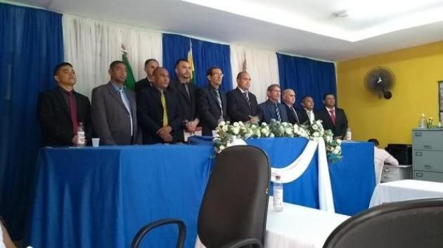 Nilton Barcelar é empossado prefeito de Pau D'arco do Piauí