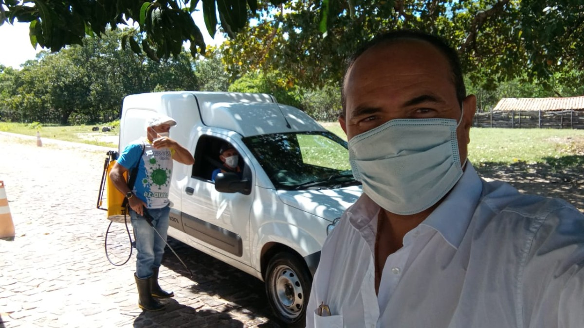 Prefeito de Pau D'arco visita obras e localidades no dia do seu aniversário