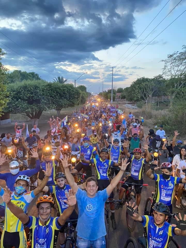 Convenção e carreata registra aglomerações e público sem máscara no município de Alto Longá