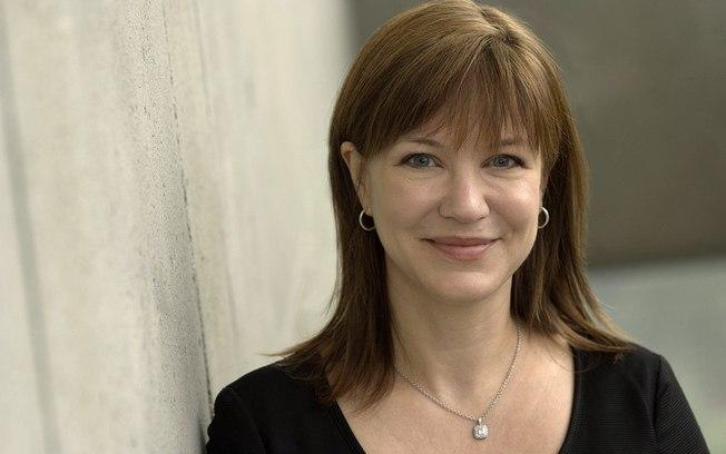 Julie Larson-Green comanda a reformulação do sistema operacional que precisa acompanhar o ritmo de uma indústria hoje dominada por telefones e tablets