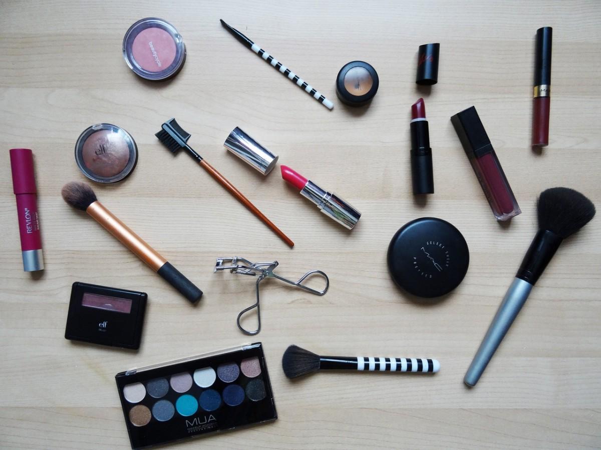 A importância da Maquiagem na vida da Mulher