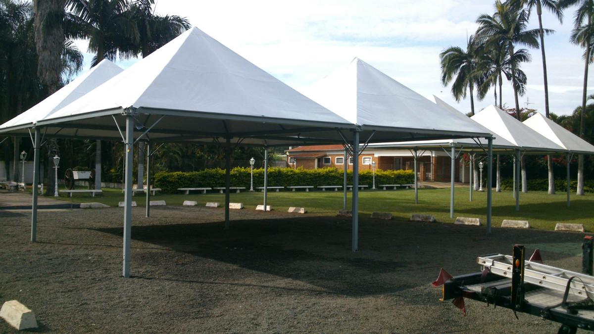 Locação de tendas módulos piramidais Campinas
