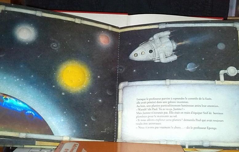 Voyage vers la planète hantée, un conte pour enfants, en vente chez Zappandoo.