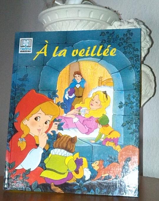 À la Veillée, un ensemble de 13 contes intemporels et inoubliables pour tous les enfants, en vente chez Zappandoo.