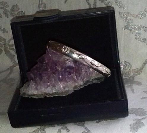 Bracelet en argent 925 sculpté. Neuf.