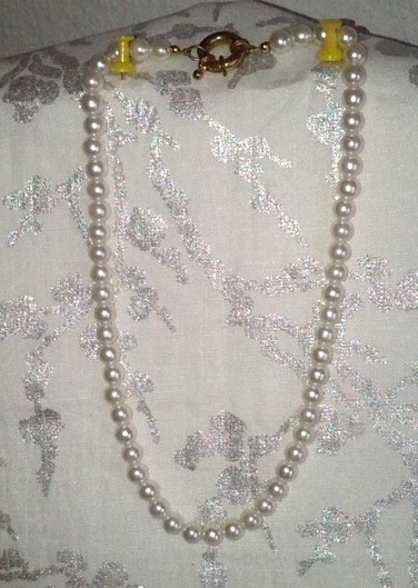 colliers vintage en perles naturelles