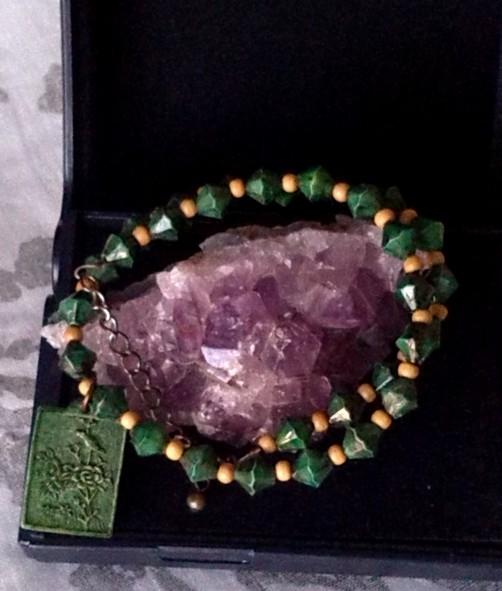 collier ras-le-cou avec médaillon sculpté, unisexe