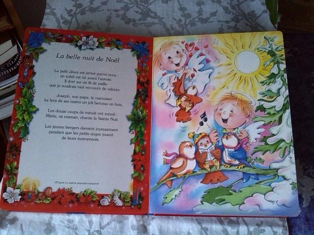 Merveilleux Noël; un ensemble de contes, chants et poèmes de Noël pour tous.