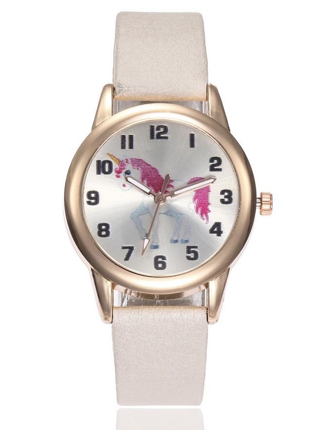 Belle montre pour enfant embellie d'une licorne, en vente sur Zappandoo.