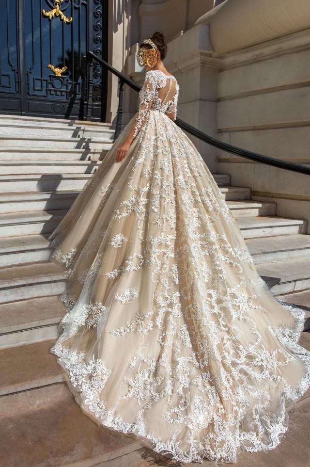 Robes de luxe et de mariage, tendance pour 2019,sur zappandoo.