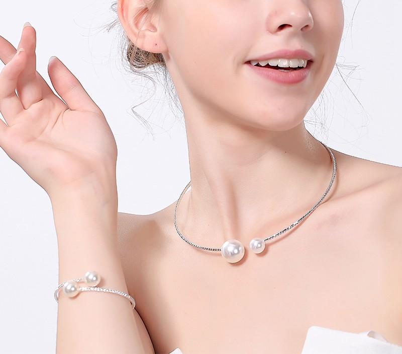 Parures et bijoux pour mariée, en vente sur Zappandoo.