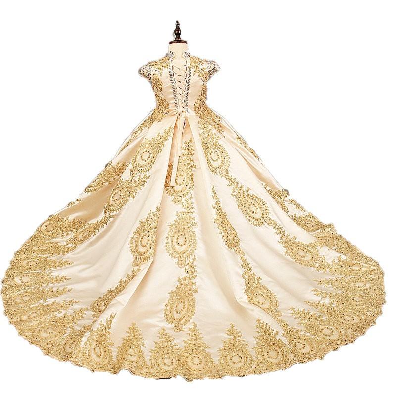 Robes de luxe pour enfants lors d'un mariage et une cérémonie. En vente sur Zappandoo.