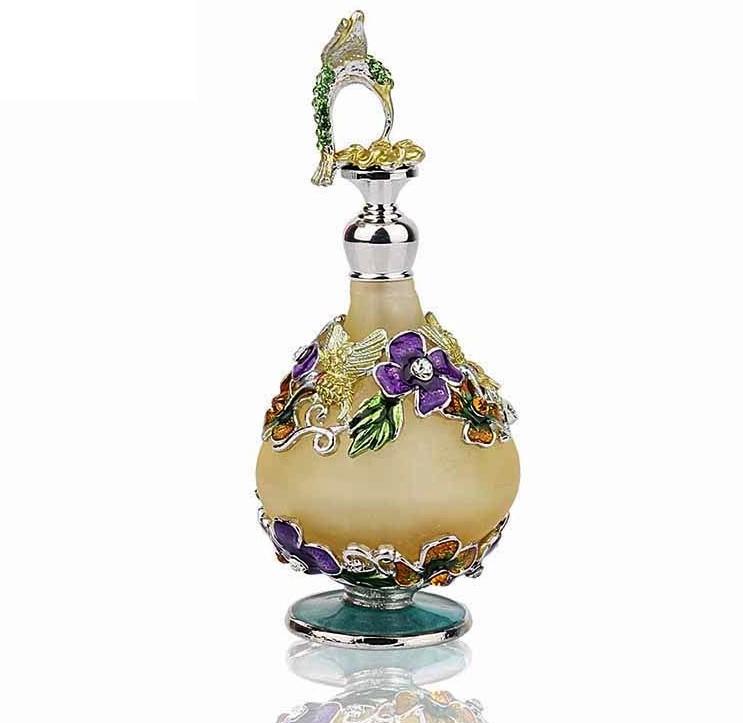 Pour collectionneurs, mini flacons de parfum, en vente sur Zappandoo.