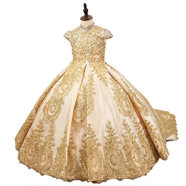 Robes de luxe et tendance pour une cérémonie et un mariage, pour enfants. En vente sur Zappandoo.