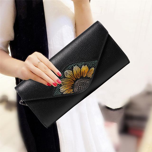 Sacs-à-main, cabas, basquettes, parapluies, porte-clés, foulards, etc mode tendance pour femme, sur Zappandoo.
