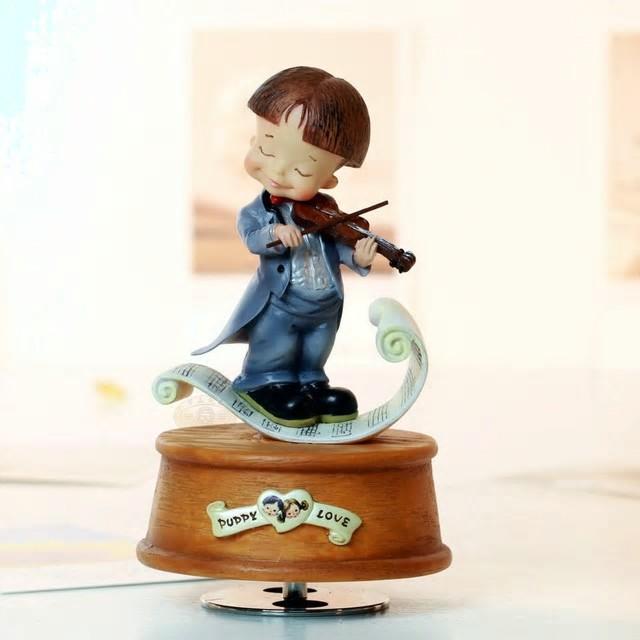 Magnifiques boites à musique pour bébé et enfant, en vente sur Zappandoo.