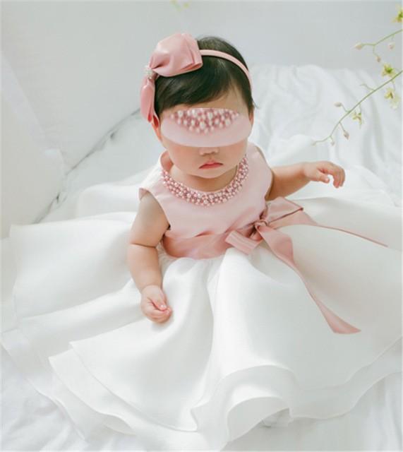 Robes de luxe pour cérémonie et pour bébé, online sur zappandoo.